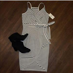 Dresses & Skirts - Striped bodycon dress